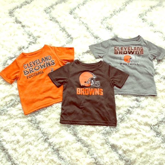 hot sales 91109 18b92 THREE Cleveland Browns Shirts